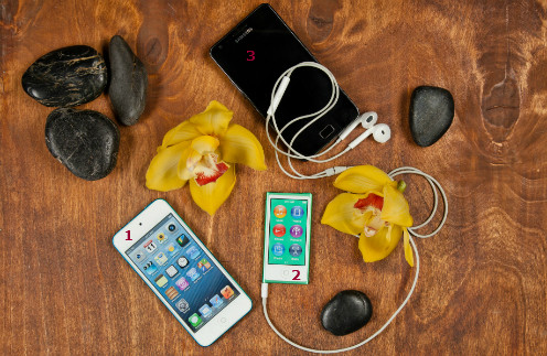 1. Apple iPod touch, от 9990 руб. 2. Apple iPod nano, 6490 руб. 3. Samsung Телефон i9105 Galaxy S II Plus Grey, 8990 руб.