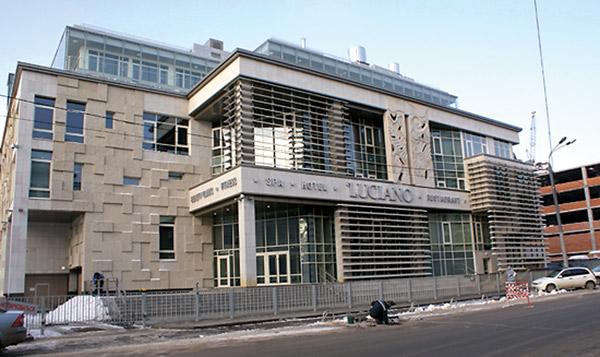 Среди клиентов LUCIANO – Пласидо Доминго, Геннадий Хазанов