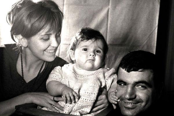 Когда-то Даше пророчили славу и известность, как у родителей, но в ее судьбе произошел неожиданный поворот
