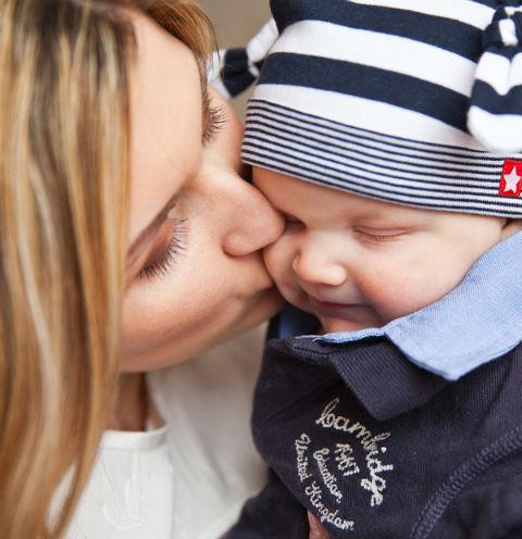 После развода женщины воспитывают детей самостоятельно