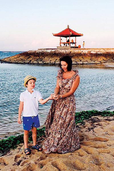 Компанию  актрисе  составил ее  младший сын  Макар