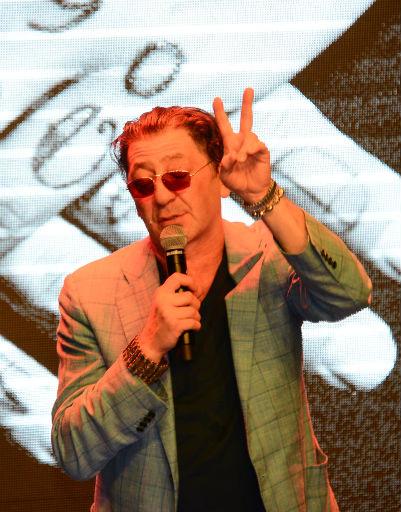 Григорий Лепс пел для друзей весь вечер
