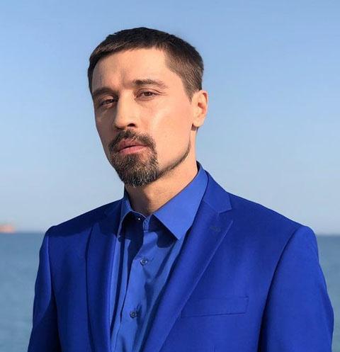 Имя: Дима Билан (Dima Bilan). Отчество: Николаевич. День рождения: 24...