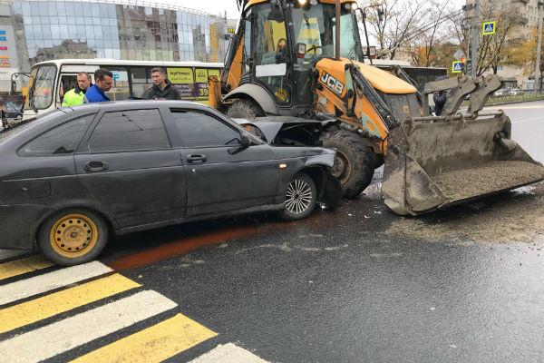 Автомобиль артиста сильно пострадал в ДТП