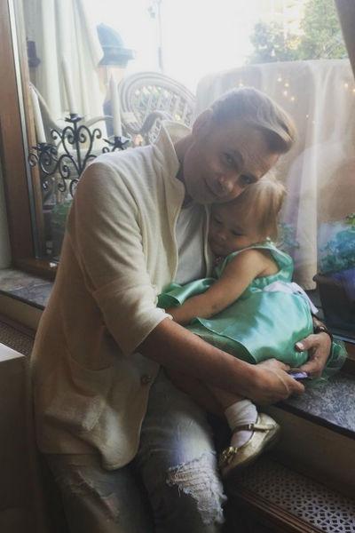 Владимир души не чает в дочери