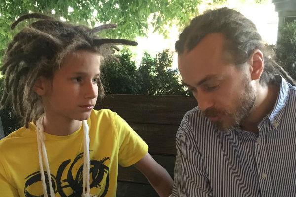 Сын Децла против съемок документального фильма об отце