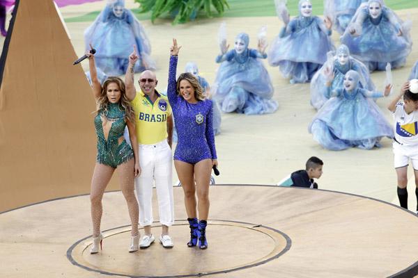 Дженнифер Лопес, Питбуль и Клаудиа Лейтте на открытии ЧМ по футболу 2014