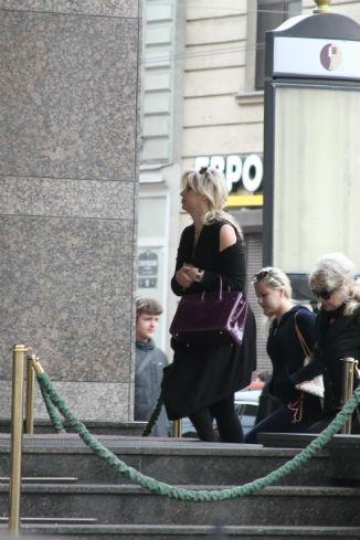 Редкий кадр: беременная Инна Михайлова в Петербурге