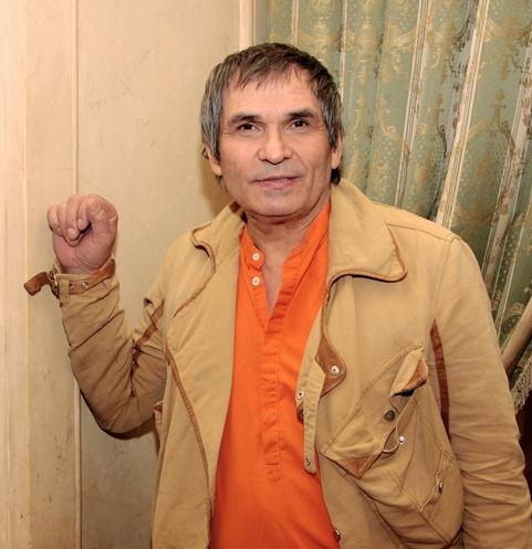 Бари Алибасова подозревают в попытке суицида