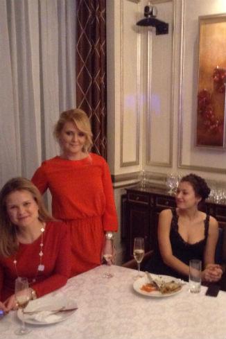 Моя жена Наташа с сестрой Леной. Лилия Май