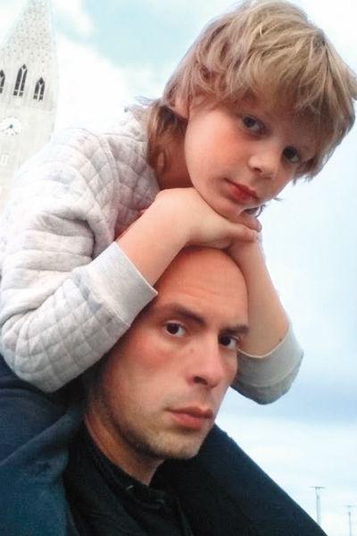 Сын и отец любят вместе путешествовать
