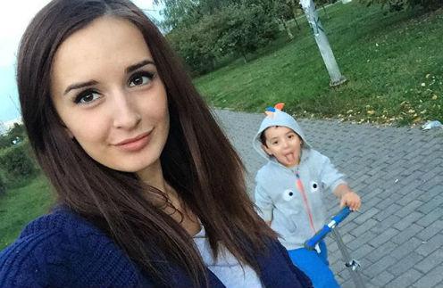 Маргариат Агибалова с сыном Митей