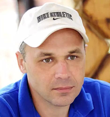 Павел Лазарев