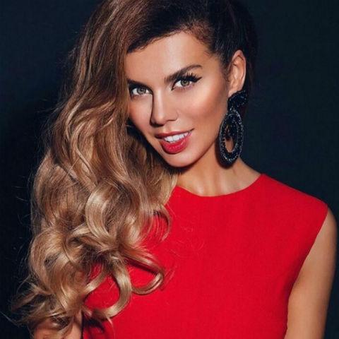 Голая и очень сексапильная Анна Седокова на бесплатных фотках и видео