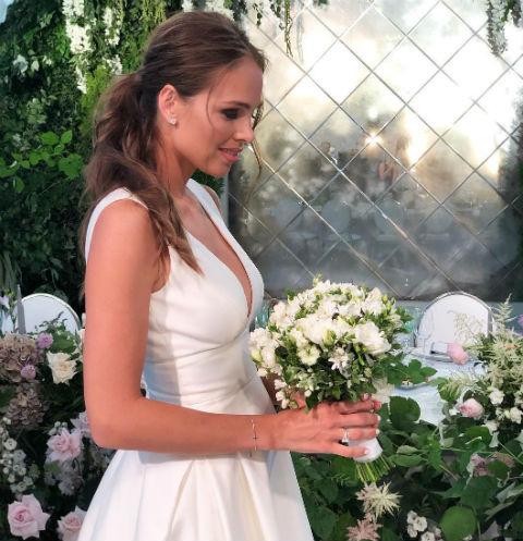Галина Кеда в свадебном платье