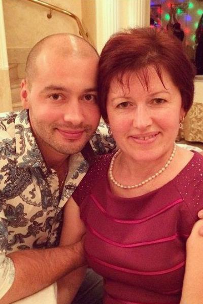Андрей Черкасов с мамой