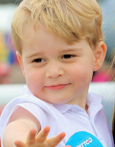 Принц Джордж стал любимцем англичан сразу после рождения