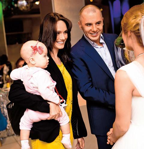 Игорь и Кристина вместе больше полутора лет, в декабре 2014-го у пары родилась дочь