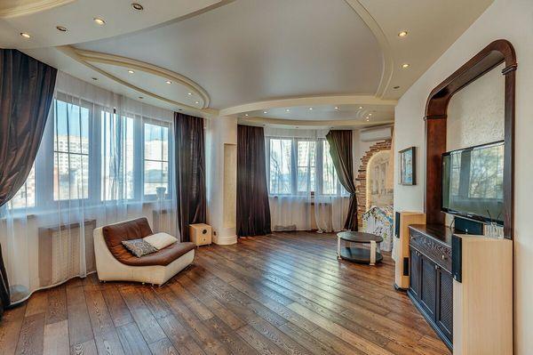 Площадь квартиры составляет 137 квадратных метров