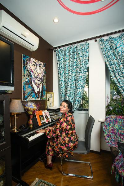 В доме Мириам всегда есть место для музыки