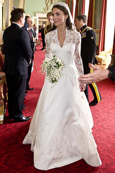 Говорят, что свадебное платье Летучей похоже на подвенечный наряд Кейт Миддлтон