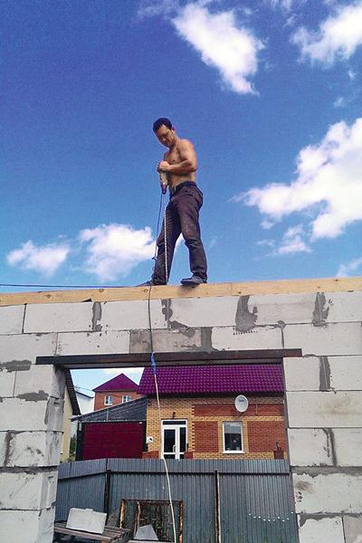 Из строителя Станислав переквалифицировался в риелтора