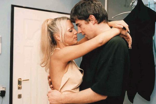 В 2000 году Ирине предложили сыграть саму себя в фильме «Брат 2». По сюжету певица крутит роман с героем Сергея Бодрова