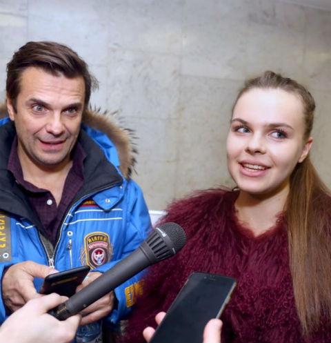 Сергей Астахов с дочерью на церемонии вручения премии имени Высоцкого