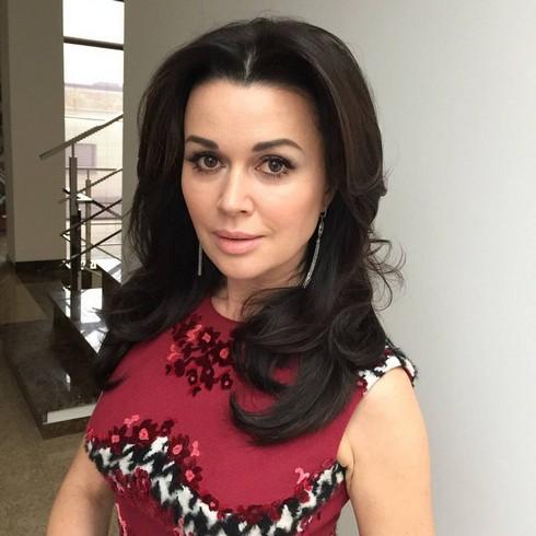 Анастасия Заворотнюк признается, что у ее мужа очень высокие требования к избраннице