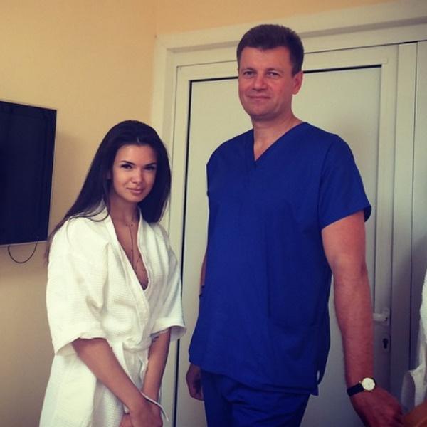 По словам специалиста, Жужа до сих пор задумывается о том, чтобы сделать грудь еще больше