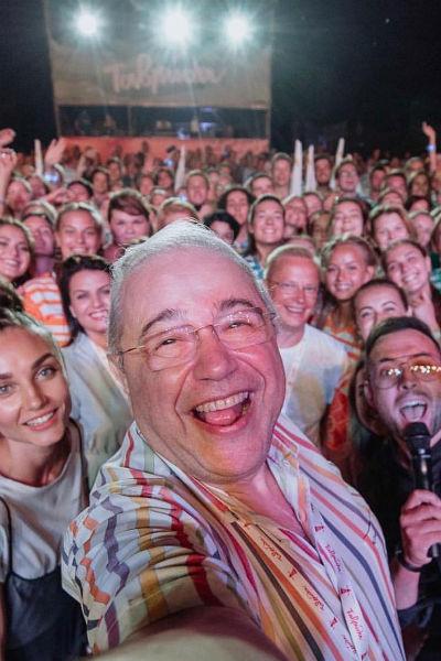Как говорят промоутеры, популярность и востребованность Петросяна резко возросла