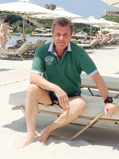 В Греции Лев Валерианович пробудет до середины июня