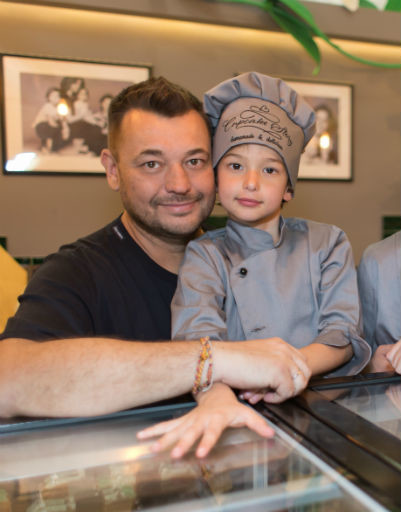Сергей Жуков с сыном Энджелом