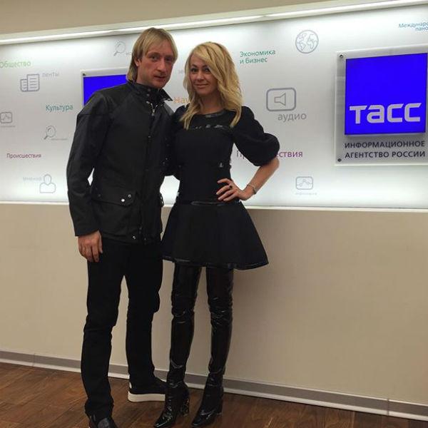 Евгения Плющенко во всем поддерживает его супруга Яна Рудковская