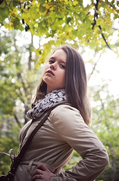 Дочь Надежды Жарковой Настя собирается стать журналистом