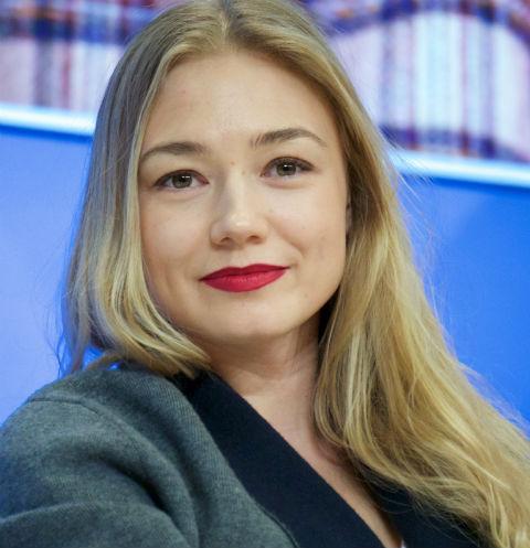 Голая Оксана Акиньшина видео  XCADRCOM