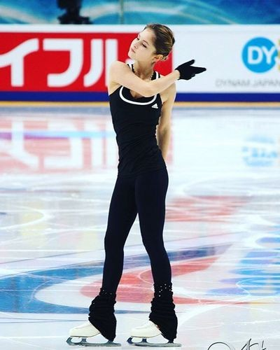 В свое время Юлия стала самой юной чемпионкой зимних Олимпийских игр за всю историю России и Советского Союза