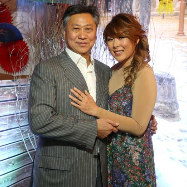 Анита Цой тепло поздравила любимого мужа