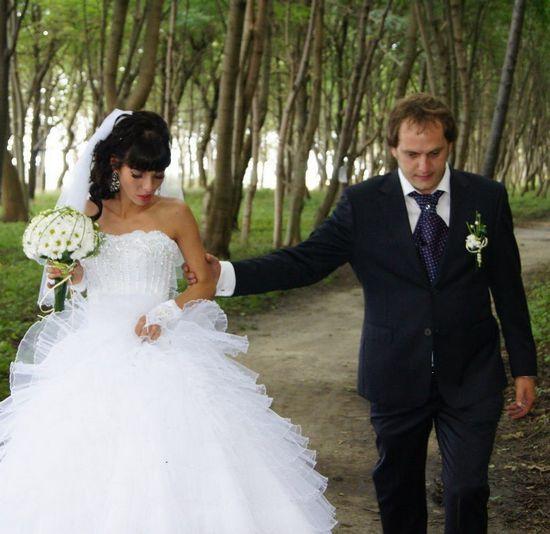 Александра Гозиас на свадьбе с Ильей Кротковым