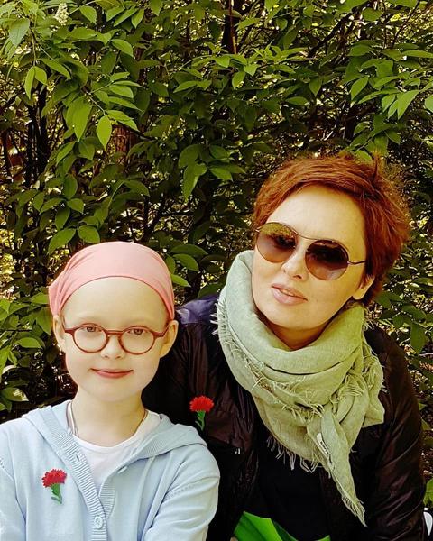 Елена Ксенофонтова с дочкой от Александра Рыжих Софией