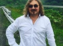 Игорь Николаев продемонстрировал семейную идиллию