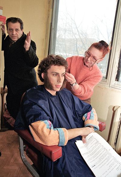 Спустя много лет Максим посмеялся над издевками одноклассников – сыграл Пушкина в «Ералаше» по приглашению Грачевского, 2004 год