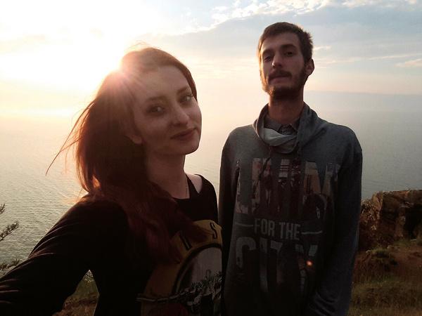 Маша и Никита стараются больше времени проводить вместе