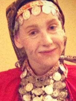 Юлия в образе одной из солисток «Бурановских бабушек»