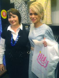 Поддержать Анну Хилькевич пришла ее мама