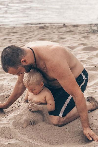 Алексей уверяет, что обожает сына и хочет проводить с ним время