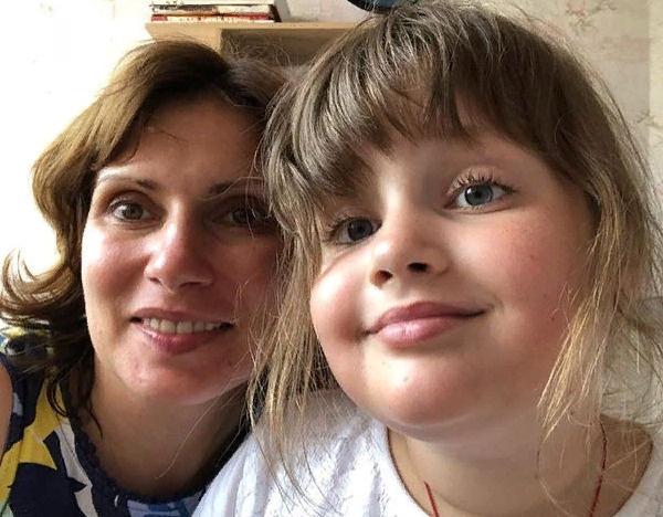 Светлана Зейналова со старшей дочерью Александрой