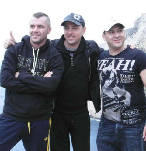 Андрей Репников (слева) с коллегами по группе «Отпетые мошенники»