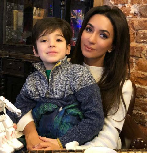Зара и сын покойной Стеллы Барановской Даня
