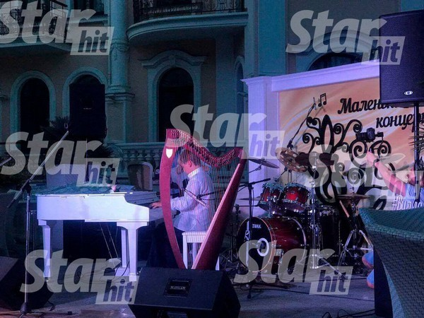 Илья Максаков вышел на сцену за день до дня рождения